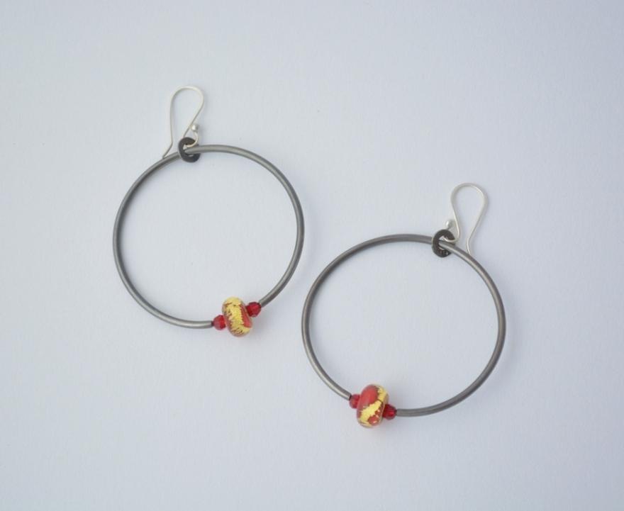 aros mercurio plata 950 oxidada cristales swarovski perlas murano con lamina de oro 22 k hechas a mano web